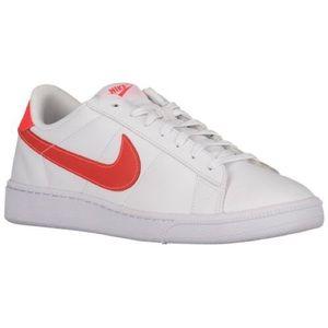 Nike Classic cs trainers
